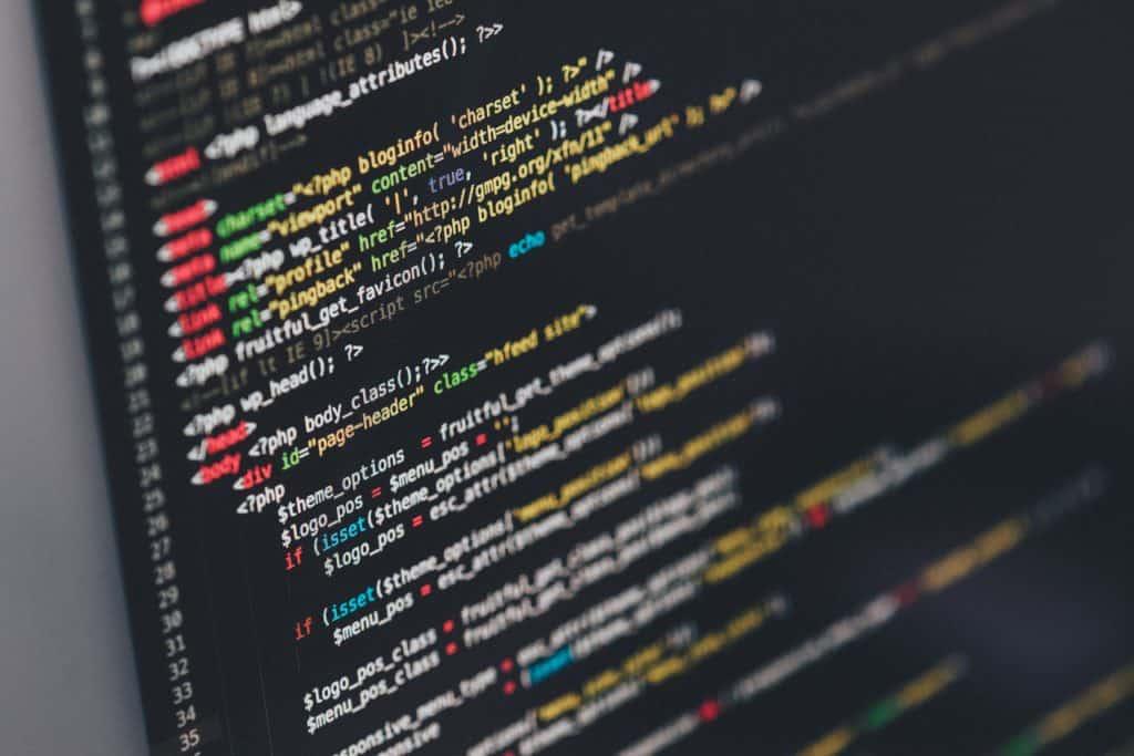 Rechtenvrije afbeelding via Pexels van HTML code.
