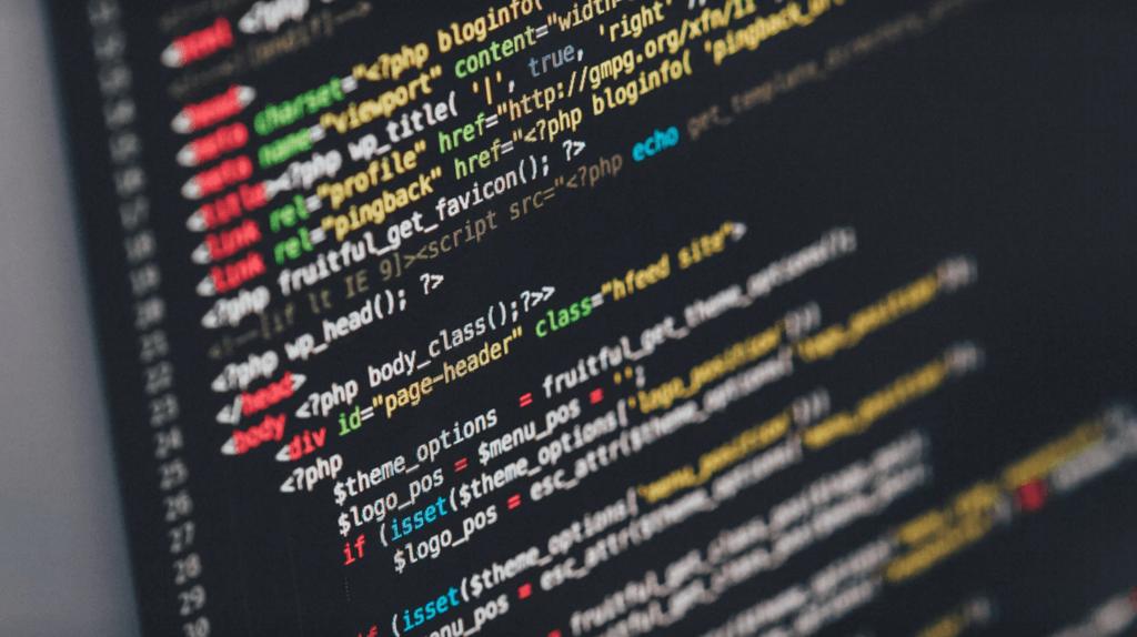 Rechtenvrije foto via Unsplash van HTML code