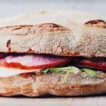 Rechtenvrije foto van een Broodje API via Unsplash