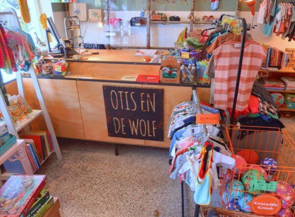 Screenshot Otis en de wolf Amsterdam op Google Maps.